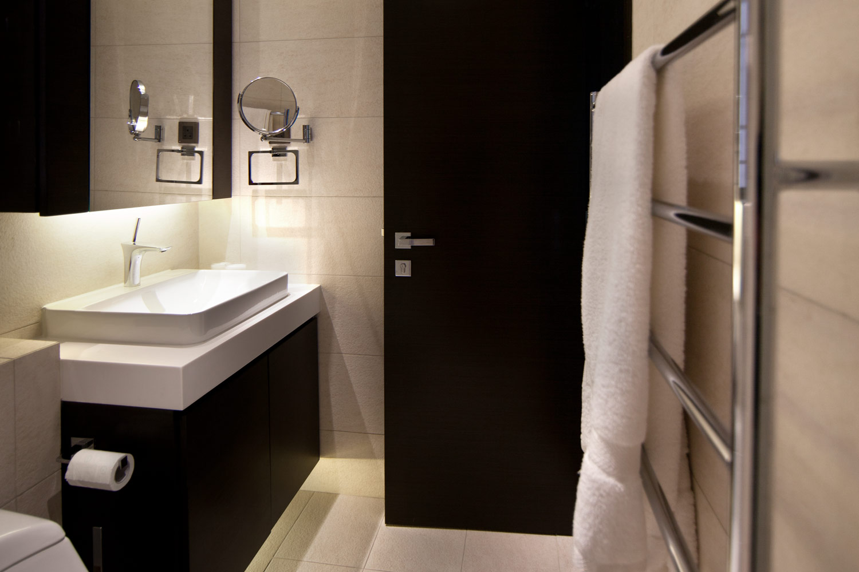 lui design associates residential interior modern apartment minimal hong kong china lavatory washroom sink bathroom